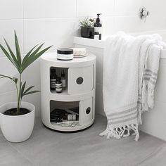 Via Lea Bo | Minimal White Bathroom | Kartell Componibili