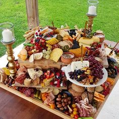K B wedding GRAZER 🧀🍇🍐🍓 This got absolutely smashed. I loved hearing all the compliments from people too 🙌🏻💁🏻♀️ Thanks to my Team who… Party Food Platters, Party Trays, Food Trays, Charcuterie And Cheese Board, Charcuterie Platter, Charcuterie Display, Cheese Boards, Charcuterie Wedding, Appetizers Table