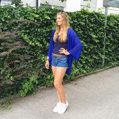 #malohneSportklamotten #abindiestadt #happy Habt ihr mein GRATIS Ebook schon gesehen? Link im Profil :)) #powergirlmovement #confidence www.klarafuchs.com