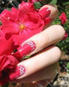 Rose garden #redmani #rednails - bellashoot.com