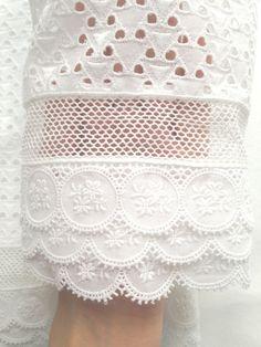 Adélie Métayer appartement de haute couture Robe de mariée Broderie anglaise coton