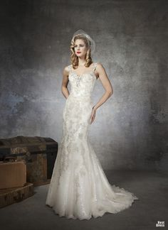 Gorgeous wedding gowns inspired by The Great Gatsby (by Justin Alexander). Justin Alexander did my wedding gown, love it 2015 Wedding Dresses, Formal Dresses For Weddings, Wedding Dress Shopping, Wedding Dress Styles, Wedding Gowns, Lace Wedding, 1930s Wedding, Gatsby Wedding, Dresses 2013