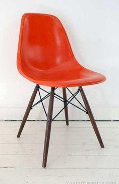 Herman Miller Eames DSW vintage