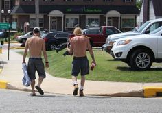 Mayor Alt wants men to put a shirt on in Elkton | #cecildaily | #localgov #laws #ordinances #attire #shirtless #menswear #elkton #town #maryland