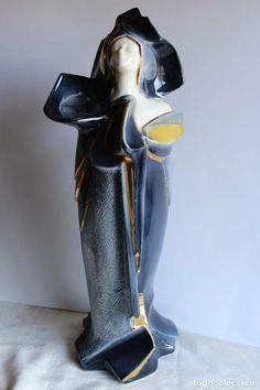 gran figura art deco mujer porcelana valenciana - Comprar Porcelana y cerámica vintage en todocoleccion - 103279715 Tap Shoes, Dance Shoes, Art Deco, Heels, Boots, Fashion, Vases, Porcelain, Women