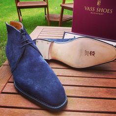 Just received this pair of cancelled MTO in navy blue suede on the U last. Size…