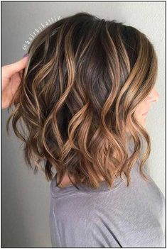 Curly Hair Styles, Medium Hair Styles, Wavy Layers, Medium Length Hair Cuts With Layers, Layers For Short Hair, Long Bob Haircut With Layers, Layered Curls, Wavy Curls, Curls Hair