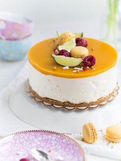 Parhaista Parhain Mangojuustokakku Just Eat It, Dessert Drinks, Cheesecakes, Delicious Desserts, Cake Recipes, Sweet Treats, Good Food, Food And Drink, Sweets