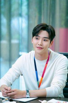 Most Handsome Korean Actors, Handsome Actors, Neoz School, New Television, Actors Male, Sung Kyung, Fnc Entertainment, Korean Star, Kdrama Actors