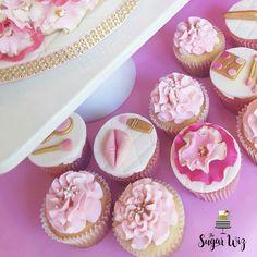 Fashion Cake, Fashion Cupcakes, Fashion Birthday Cake, Makeup Cake, Makeup Cupcakes, Girl Birthday, Girl Birthday Party Ideas, Fondant Cake, Fondant Shoe, Women Cakes, Pink and Gold Birthday, Pink and Gold Cake