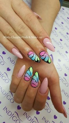 Love this butterfly trend! Love this butterfly trend! Funky Nail Art, Funky Nails, Cute Nail Art, Cute Nails, My Nails, Nagellack Design, Nagellack Trends, Stylish Nails, Trendy Nails