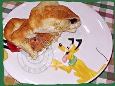 buona cena, questa sera i mitici Calzoni Siciliani.... www.lapulceeiltopo.it/forum/ricette-piatti-unici-cene-fredde/1841-calzoni-siciliani#2542