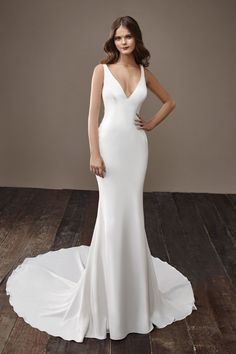 Badgley Mischka Bridal Fall 2018 Fashion Show Collection