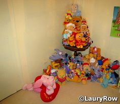 Une partie de mes peluches Winnie et ses amis ! https://www.facebook.com/pages/Disneycollecbell (By Me ©LauryRow.)