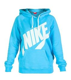 Logo hoodie NIKE screen print logo on front Single kangaroo pocket Long sleeves Soft inner fleece for ultimate comfort Adjustable drawstring on hood Nike Outfits, Sport Outfits, Casual Outfits, Winter Outfits, Nike Free Shoes, Nike Shoes Outlet, Running Shoes Nike, Running Socks, Athletic Outfits