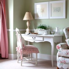Pretty home office to inspire an epreneur