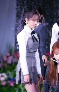 Yuri, Fandom, Japanese Girl Group, Cute Korean Girl, Star Girl, Kim Min, Stage Outfits, Daniel Wellington, Pretty Woman