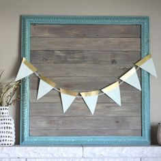 Don't let the current color of an item discourage you.  Come see how I took a plain old picture frame and gave it a modern update.