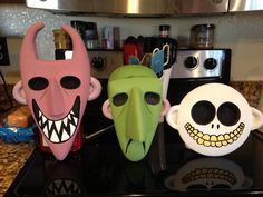 my lock, shock and barrel masks almost finished. Need eyes and ears painted. Not happy with colors :(