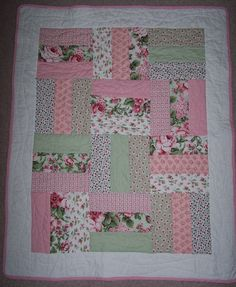 baby quilts | Quick and easy cot quilt | Linny J Creations