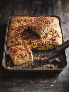 coffee and brown sugar tray cake from donna hay magazine fast issue #83
