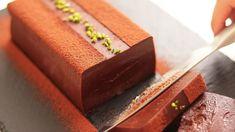 How to make rich terrine chocolat Terrine Chocolat Asian Desserts, Just Desserts, Dessert Recipes, Chocolates, Chocolate Terrine, Caramel Pudding, Japanese Cake, English Food, Small Cake