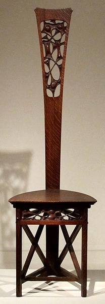 Oak chair by Charles Rohlfs, early 1900s, Metropolitan Museum of Art