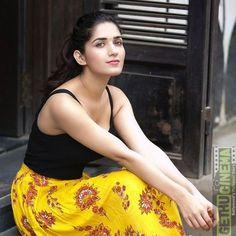 Actress Ruhani Sharma 2018 Latest Cute HD Gallery - Gethu Cinema