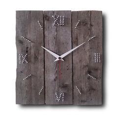 Artículos similares a MADERA y clavos, reloj de pared, decoración casera, reloj Original, hecho a mano del reloj, reloj, reloj, reloj rústico, relojes, reloj de pared única de diseño en Etsy