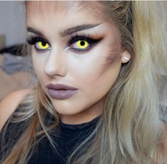 Halloween make up by Rach Leary – werewolf look ! Love it Halloween Make-up von Rach Leary – Werwolf-Look ! Halloween Inspo, Halloween Carnival, Halloween Makeup Looks, Halloween Cosplay, Halloween Face, Halloween Costumes, Werewolf Makeup, Werewolf Costume, Costume Makeup