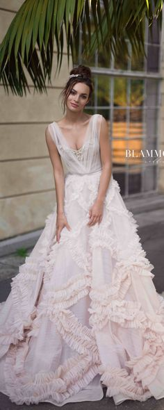 18 Best Of Greek Wedding Dresses For Glamorous Bride | dresses and ...