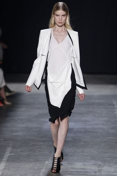 Narciso Rodriguez Spring 2013 Ready-to-Wear Collection Slideshow on Style.com