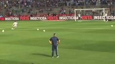 Previo al partido frente a Colombia, Messi practica el mismo gol