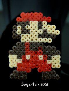 Mario Bros en hama mini. Si te gusta puedes adquirirlo en nuestra tienda on-line: http://www.sugarshop.eu