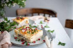 Paradajková polievka z pečených paradajok a pesta - Red velvet blog Brie, Red Velvet, Camembert Cheese, Food, Red Valvet, Meal, Essen, Hoods, Meals