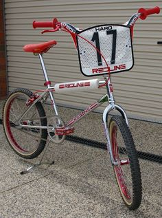 1980's Vintage Redline BMX Bike. I wanted one of these so bad. Then in 2007, I finally got my Redline!