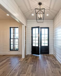 magnolia homes joanna gaines Snag This Brand New Home Designed by Chip and Joanna Gaines Chip Joanna Gaines Magnolia Realty New House Joanna Gaines House, Joanna Gaines Farmhouse, Magnolia Joanna Gaines, Chip And Joanna Gaines, Joanna Gaines Kitchen, Joanna Gaines Design, Joanna Gaines Style, Magnolia Homes, Magnolia Market