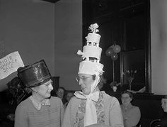 https://flic.kr/p/qmU9m5 | Mothers Union Party at the Masonic Hall, Oswestry | Teitl Cymraeg/Welsh title: Parti Undeb y Mamau yn y Neuadd y Seiri Meini yng Nghroesoswallt Ffotograffydd/Photographer: Geoff Charles (1909-2002) Dyddiad/Date: 30/1/1957 Cyfrwng/Medium:  Negydd ffilm / Film negative Cyfeiriad/Reference: (gch10564) Rhif cofnod / Record no.:  3369420  Rhagor o wybodaeth am gasgliad Geoff Charles yn Llyfrgell Genedlaethol Cymru  More information about the Geoff Charles Collection at…