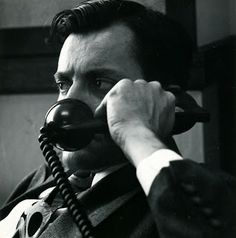 "Public Defender on Telephone, por Dorothea Lang: ""Abogado de oficio al teléfono"" (1955)."