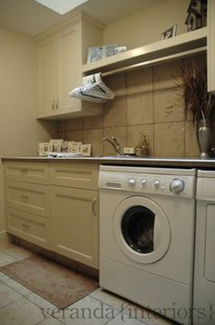 Laundry - contemporary - laundry room - calgary - Veranda Estate Homes & Interiors