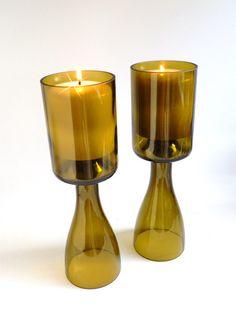 Centros de mesa candelabros-cáliz con botellas de vidrio de vino - Glass Wine Bottles Candle Holder Chalice Centerpieces http://www.etsy.com/es/listing/120513249/gold-glass-wine-bottle-candle-holder?utm_source=OpenGraph&utm_medium=PageTools&utm_campaign=Share