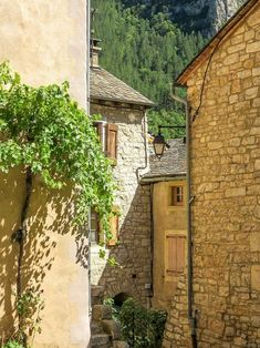 A hidden gem in France - the tiny Saint-Enimie France City, South Of France, Europe Travel Tips, Travel Destinations, Europe Bucket List, Historical Monuments, Places In Europe, European Destination, Most Beautiful Cities