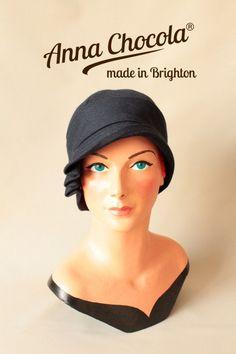 """1920s """"Inès"""" Cloche Hat by Anna Chocola"""