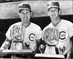 Ron Santo and Glenn Beckert with their Gold Glove awards in Chicago Cubs Baseball, Baseball Photos, Chicago Bears, Chicago Cubs History, Cubs Games, Cubs Win, Go Cubs Go, Mlb Teams, Atlanta Braves
