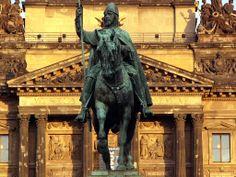 Площадь Святого Вацлава в Праге