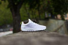 info for 36136 975d2 Nike Free Trainer 5.0 - White   White - Gum Medium Brown