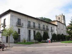 Palacio de Moutas. Monumentos en Pravia Asturias