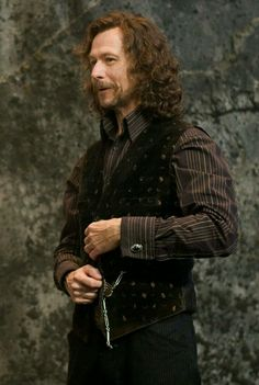 is it just me or is Sirius black just the kindest, most dedicated, most helpful, selfless character in the books? He was the best godfather ever. Magia Harry Potter, Harry Potter Sirius, Arte Do Harry Potter, Harry Potter Cosplay, Harry Potter Cast, Harry Potter Quotes, James Potter, Harry Potter Characters, Harry Potter World