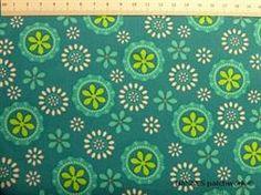 Tyrkis retro patchworkstof - blomster - er et flot stykke tyrkis blomstret patchworkstof
