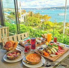 Nadire Atas on Dining Al Fresco Istanbul, Turkey Turkish Breakfast, Breakfast In Bed, Perfect Breakfast, Food N, Good Food, Food And Drink, Yummy Food, Breakfast Around The World, Hotel Food